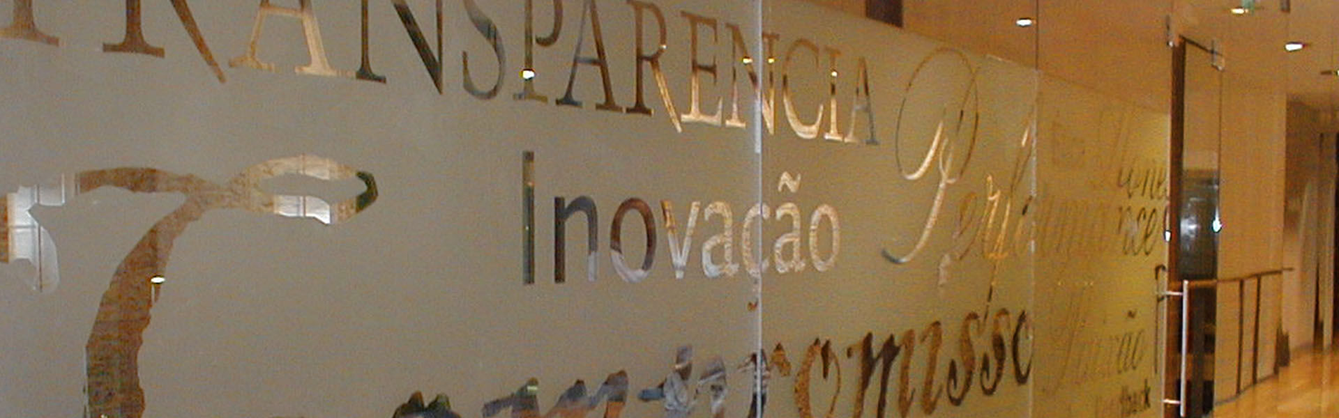 services-interior-design-banner-1920x600_0001_roche