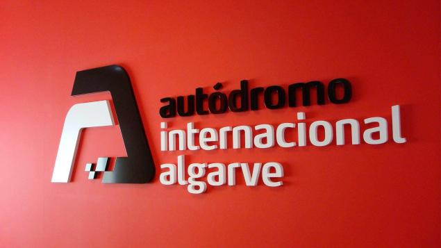 services-interior-design-gallery-hd-1920x1080_0006_autodromo